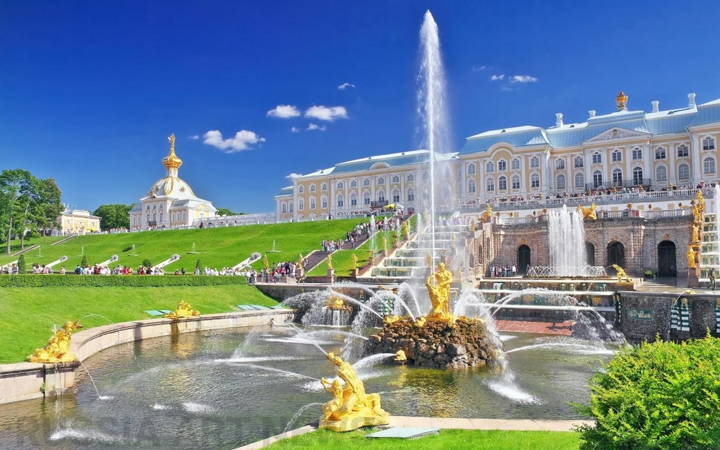 Загородная экскурсия в Петергоф