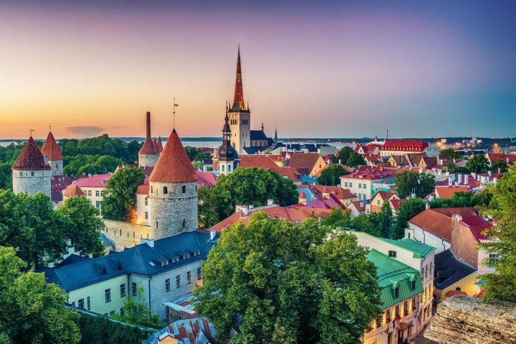 Автобусная - пешеходная экскурсия по Таллину