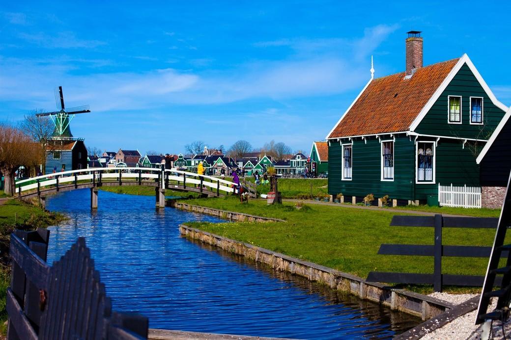 Традиционная Голландия: ЗААНСЕ СХАНС - Волендам