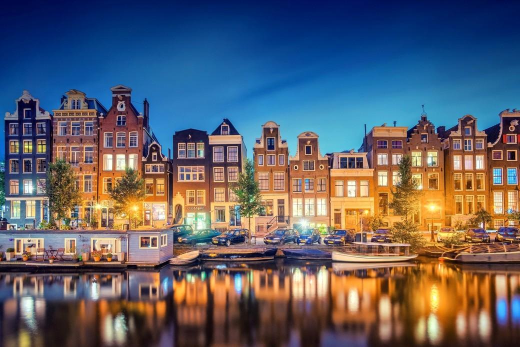 Прогулка на катере по речкам Амстердама